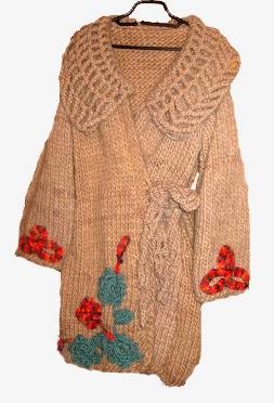 http://indrani-handmade.shopmania.biz/cumpara/pardesiu-tricotat-cu-motiv-floral-9