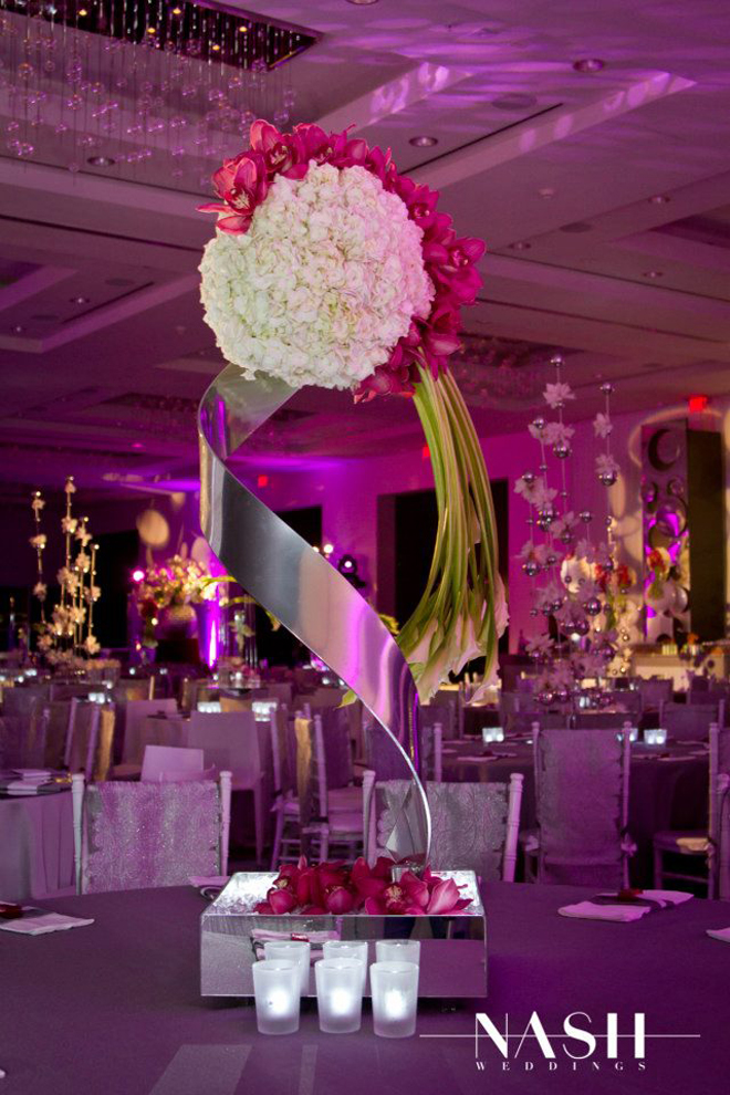 25 stunning wedding centerpieces part 13 belle the magazine. Black Bedroom Furniture Sets. Home Design Ideas