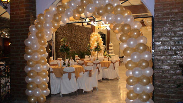 La guarida de bam decorar con globos for Decoracion para casamiento