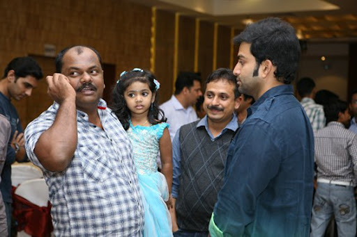 Actor arya prithviraj mumbai police malayalam movie launch wallpapers