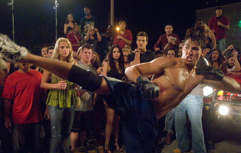 Quebrando regras é um filme que mistura Muay Thai e Vale Tudo, tipo