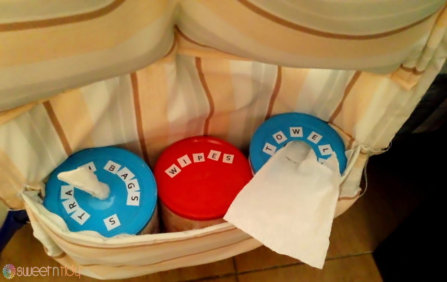 DIY : Chaning table organizer for baby