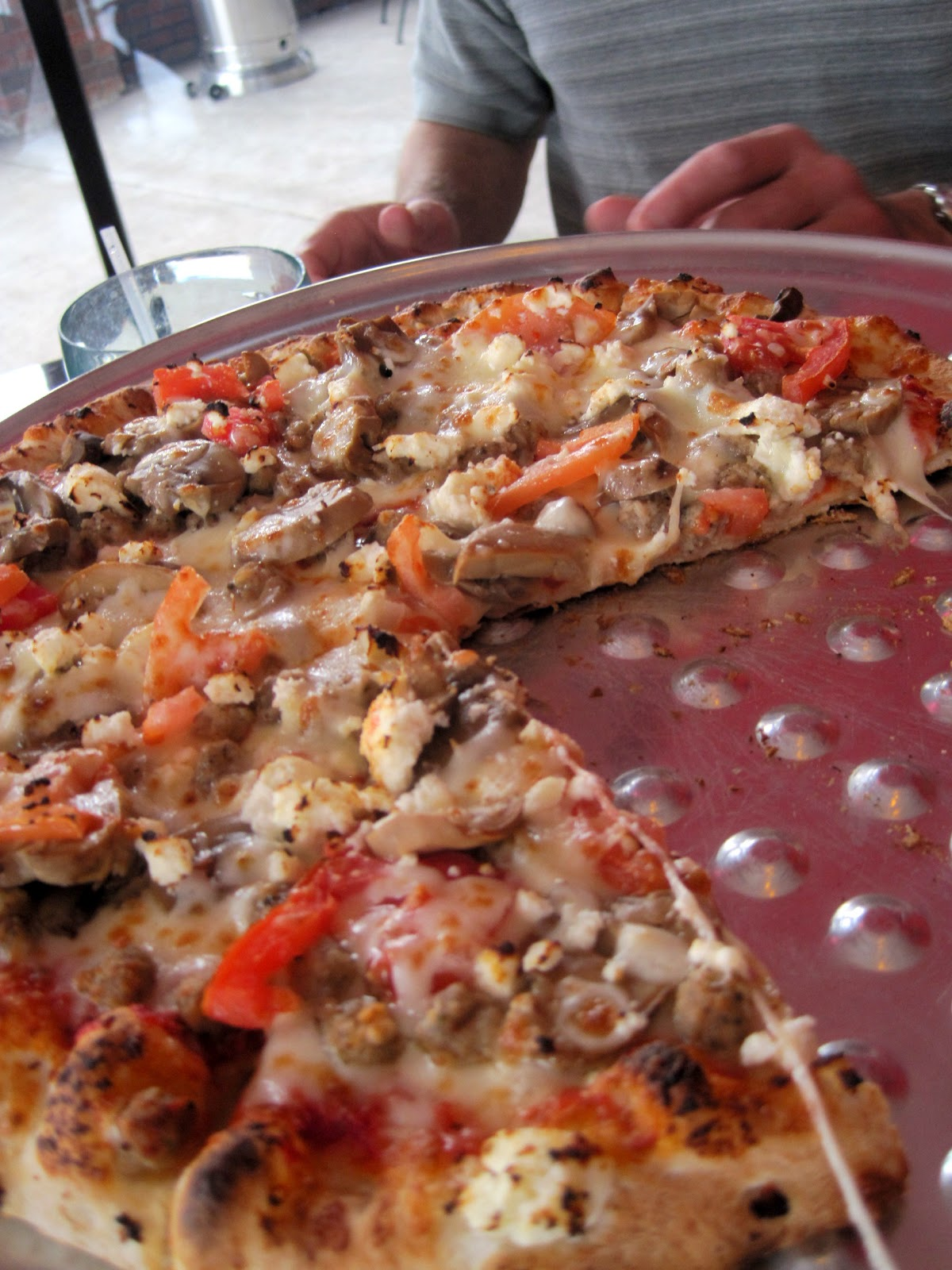 I Did A U0027make Your Ownu0027 With Sausage, Fresh Tomatoes, Mushrooms, Provolone,  And Fetau2026 Light On The Tomato Sauce. Oh My! Iu0027ve Never Had Feta On A Pizza.