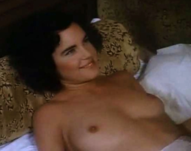elizabeth mcgovern young topless