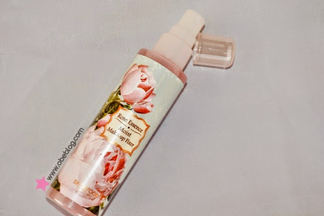 ROSE_ESSENCE_MOIST_MAKEUP_FIXER_SKINFOOD_MiiN_ObeBlog_01