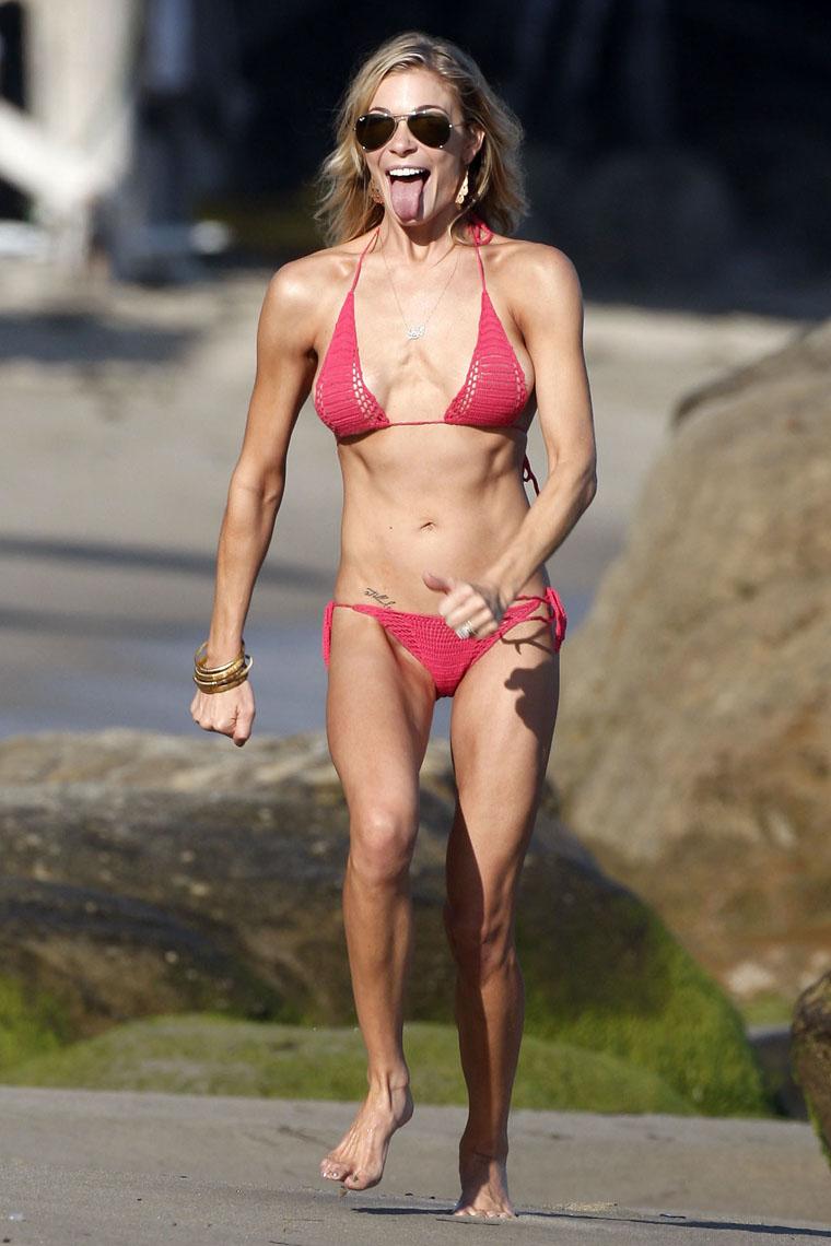 Really masterpiece, Bikini picture of leann rimes