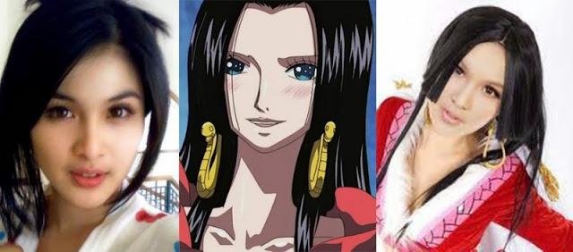 Artis yang mirip dengan karakter anime.
