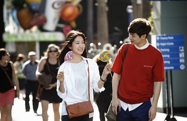 Park Shin Hye Ve CNBLUE�nun Kang Min Hyuk�u LA Sokaklar�nda Geziyorlar /// 2 Ekim 2013