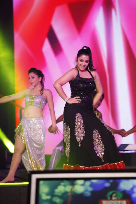dancing at siima awards actress pics