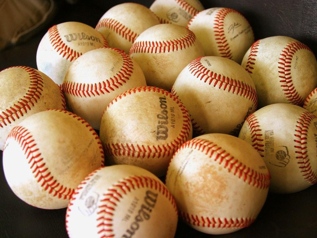 Baseball loptice slike besplatne pozadine za desktop download