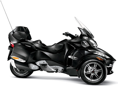 2011-CanAm-Spyder-RTS-Timeless-Black+Metallic