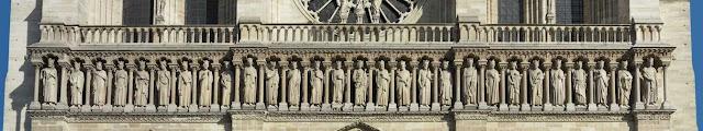 Galeria dos Reis, restaurada em Notre Dame de Paris