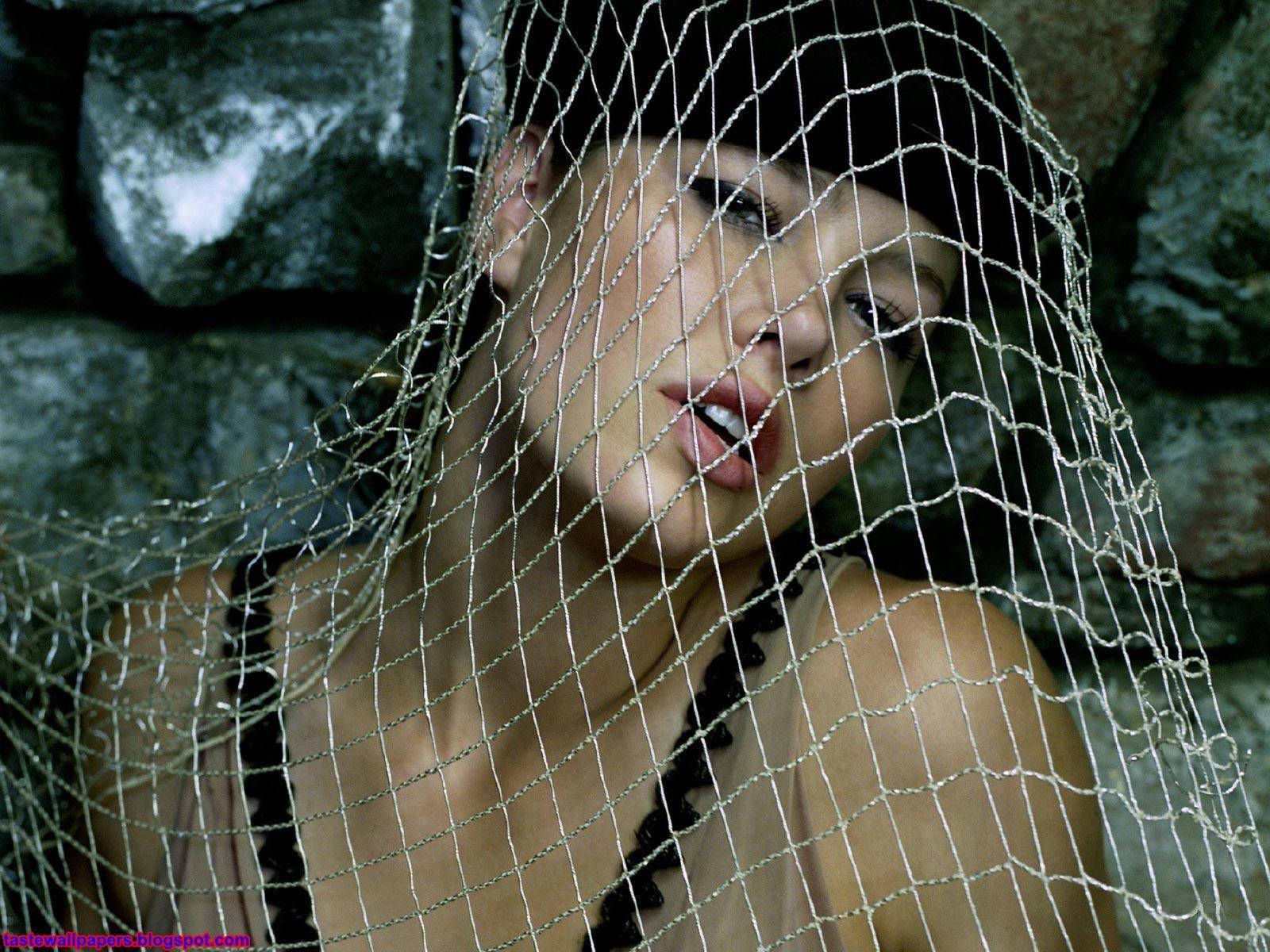 http://4.bp.blogspot.com/-uRe3FcRXmrc/Tq0Q_dfPhxI/AAAAAAAAHxI/TDWg1jMc454/s1600/Jessica_Biel_wallpapers_1024X768-net.jpg
