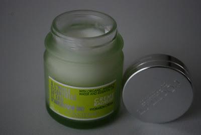 Face cream - Face care products - Loccitane - BIO - ANGELICA FACE CREAM - tonic - cleaner