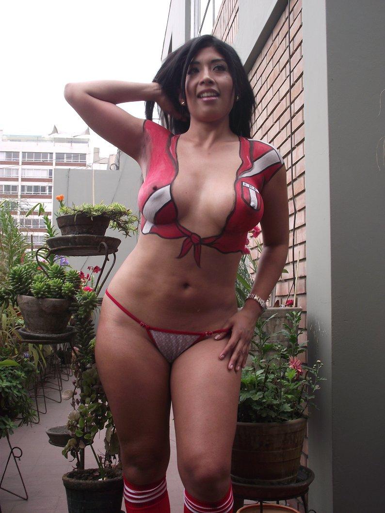 http://4.bp.blogspot.com/-uS3eSTf-buw/TsBzqD7n7BI/AAAAAAAANQg/oD1fm2AWVSo/s1600/Irina+Grandez+-Lima+vedettes+%25281%2529.jpg