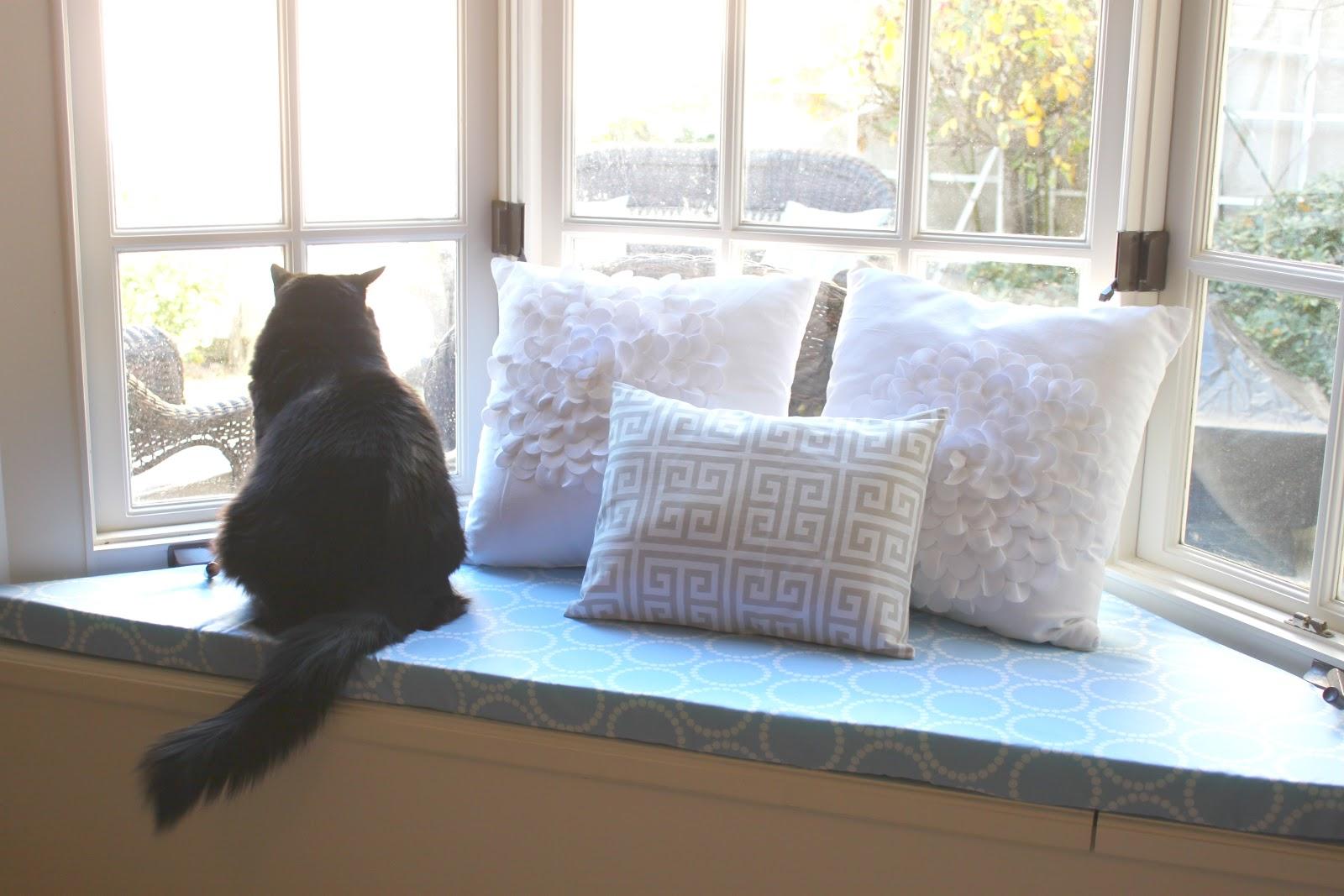The Smitten Mintons No Sew Window Seat Cushion