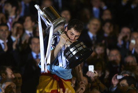 real madrid vs barcelona 2011 copa del rey pics. real madrid vs barcelona 2011