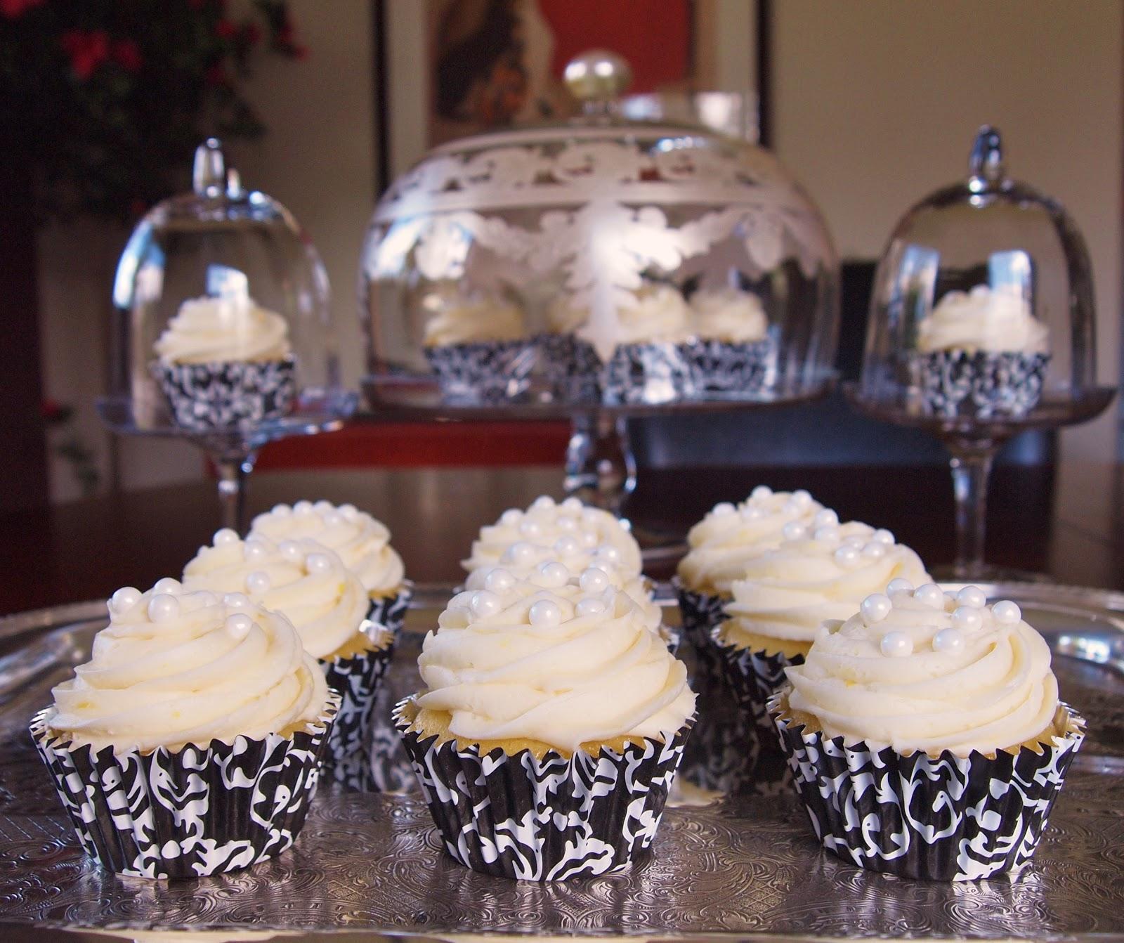 The Alchemist: Really Moist Lemon Cupcakes for Lemon Lovers