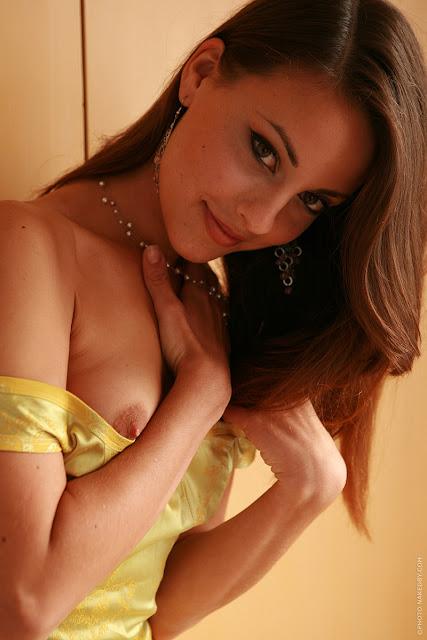 lorena yellow 05 Gorgeous   Lorena Yellow