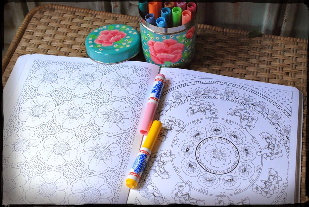 infiniment fleuri_livre coloriage_interieur_solar