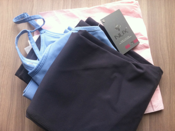 Pv.body Review - November 2012 - Monthly Fitness and Exercise Clothing Subscription Boxes