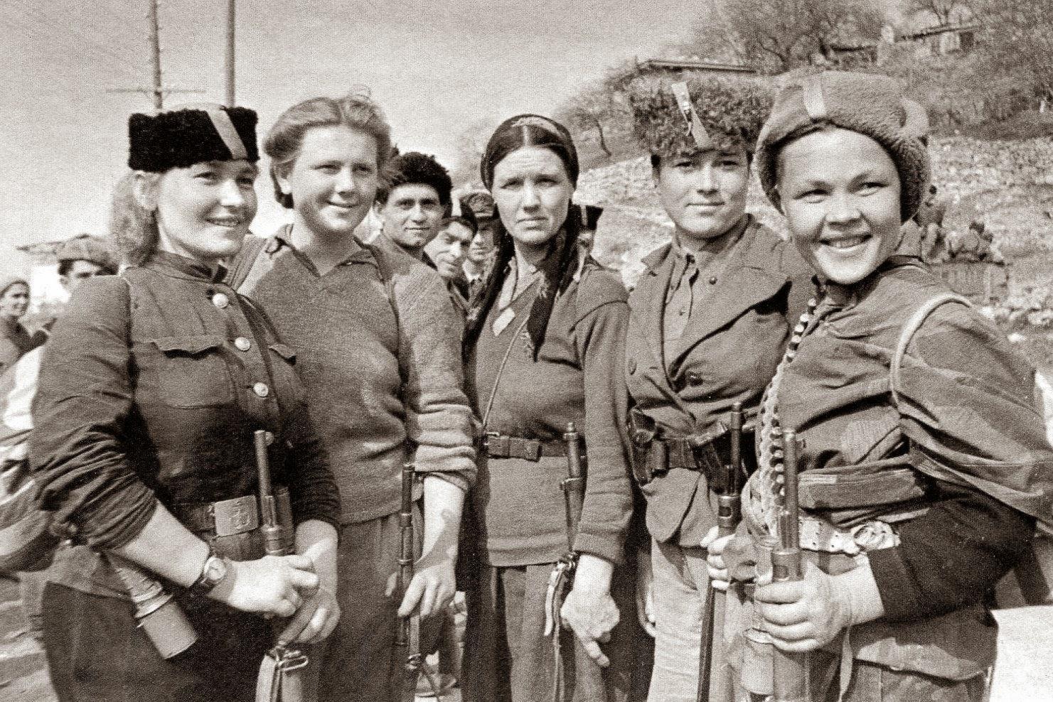 Vistoso Mujeres De La Guerra Civil Para Colorear Patrón - Dibujos ...