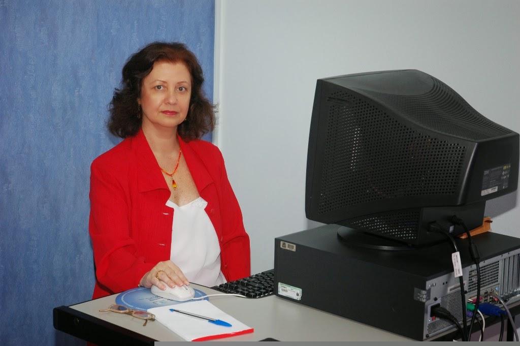 Professora Maria Terezinha Espinosa de Oliveira