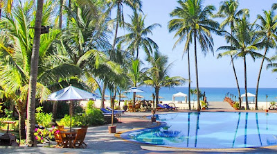 luxury beach resort at Ngwe Saung
