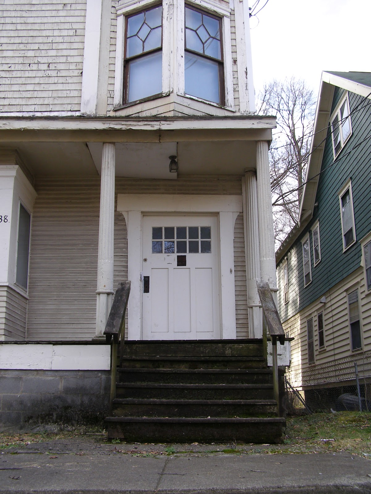 As Late As 2004 The Exterior Of The House Was Well Maintained, But Several  Years Ago The House Began To Be Noticeable Neglected.