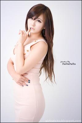 Ryu Ji Hye - Blue and White Dress ~ Cute Girl - Asian Girl