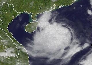Tropischer Sturm VICENTE / FERDIE auf dem Weg nach Nord-Vietnam, Vicente, Ferdie, China, Vietnam, aktuell, Satellitenbild Satellitenbilder, Juli, 2012, Taifunsaison 2012, Vorhersage Forecast Prognose,
