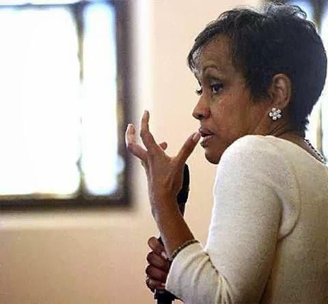 TV judge Glenda Hatchett stopped by to confer with those at Imani    Judge Hatchett 2013
