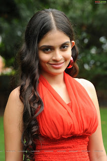 Sheena Shahabadi Spicy Beauty Latest pics in Orange Top