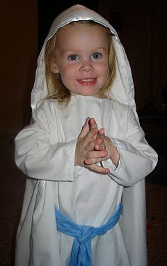 All saints day costume ideas for girls angel dressing up like an angel for all saints day can be great fun youll need a white dress a halo some wings and possibly a harp solutioingenieria Gallery
