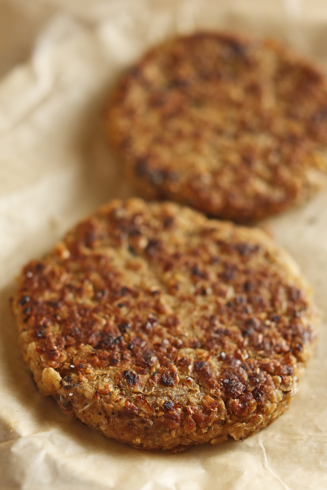 ... Vegetarian: Black Eye Burger (The Easiest Veggie Burger Recipe Ever