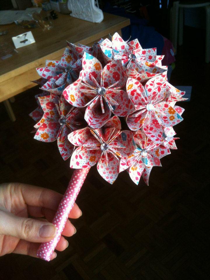 Bouquet origami fleuri nanie origami for Bouquet fleuri
