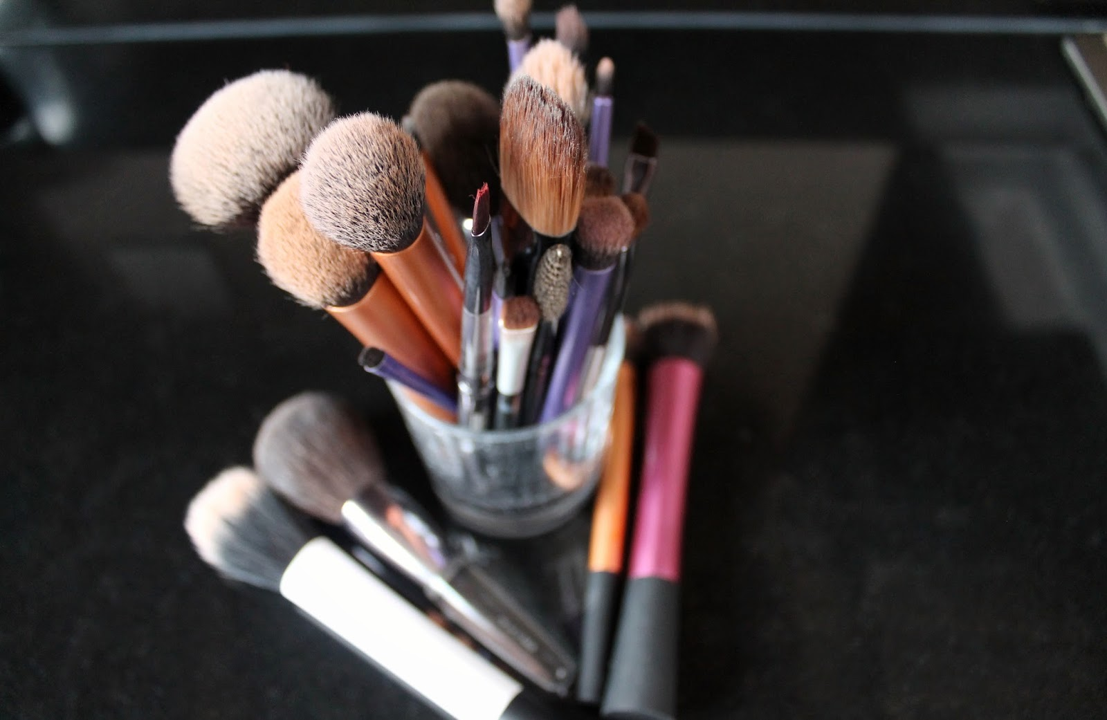 how to clean foundation brush with baby shampoo