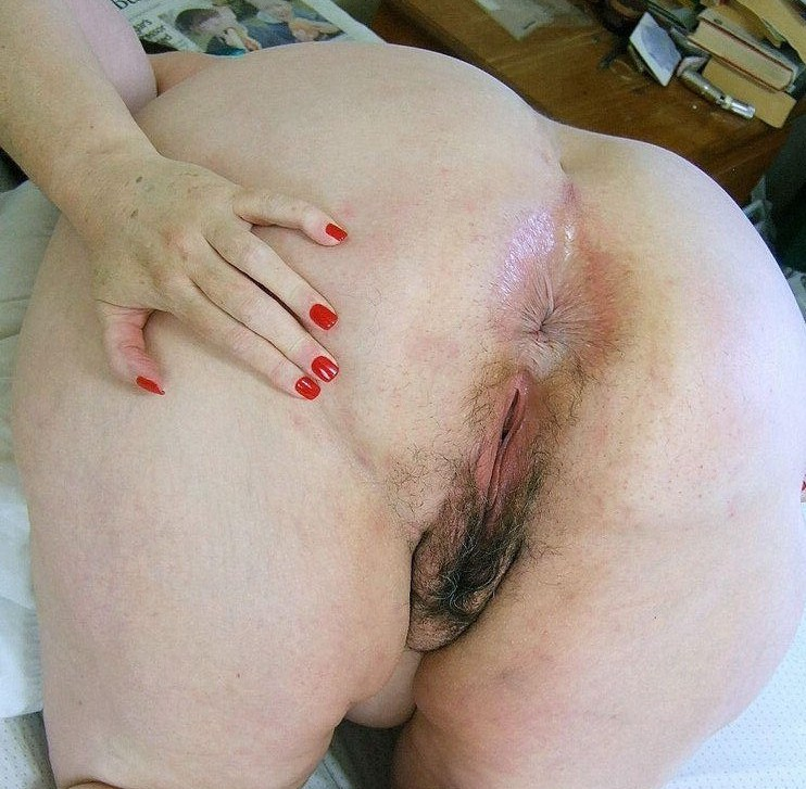 Naked bbw butt holes — img 15
