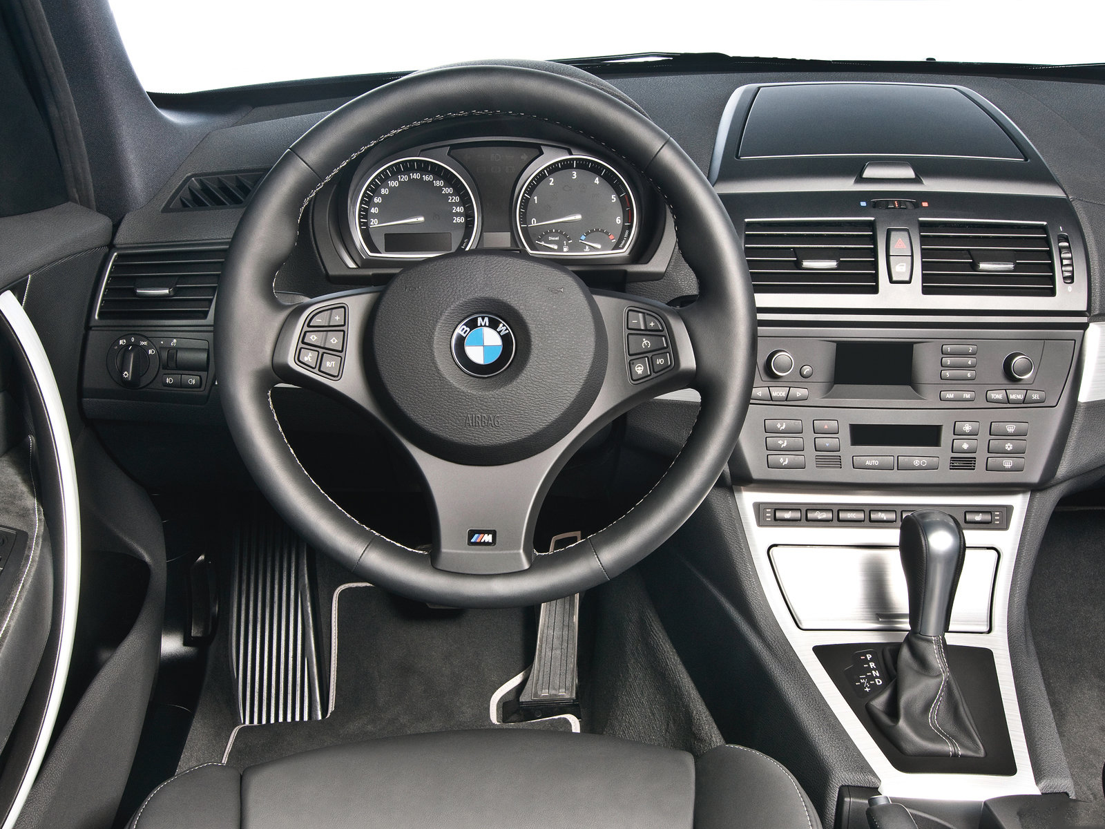 Automotive database bmw x3 e83 for Interieur 83