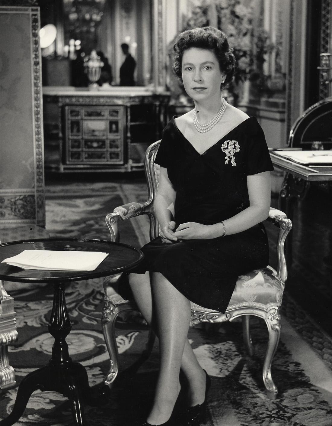 QE2 1960 - Royal Wedding Televised
