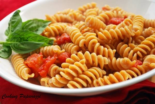 ingredients fusilli pasta 3 4 cup tomato puree from 1 big tomato ...