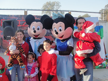 VISITAS ESPECIALES DE MINNIE & MICKEY