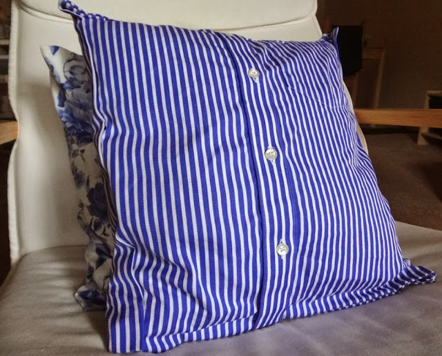Turning shirts into pillow covers, homemade, DIY