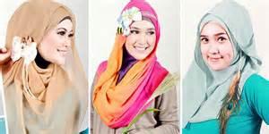 Tips memilih aksesoris hijab gaya masa kini