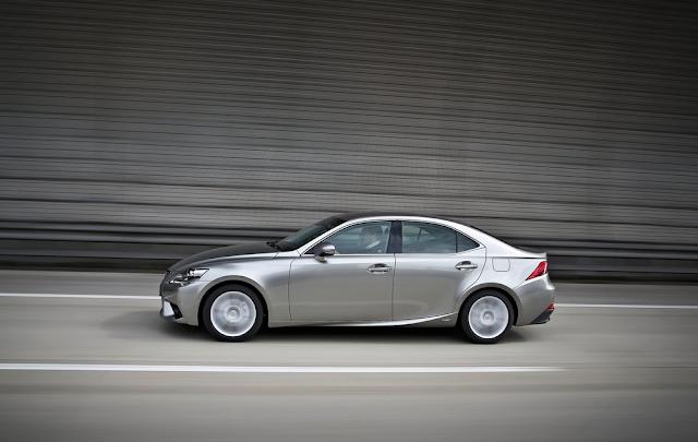 2014 Lexus IS grey