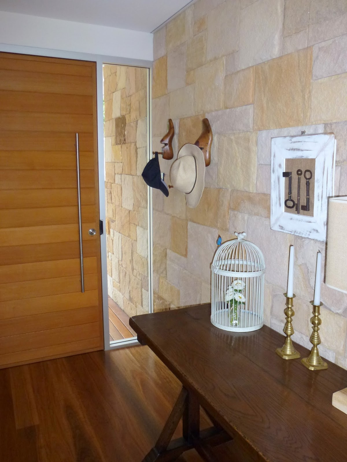 http://4.bp.blogspot.com/-uV_gevWFjXM/TtboXAFONLI/AAAAAAAABZw/qkY4TqxyHdA/s1600/Entrance.jpg