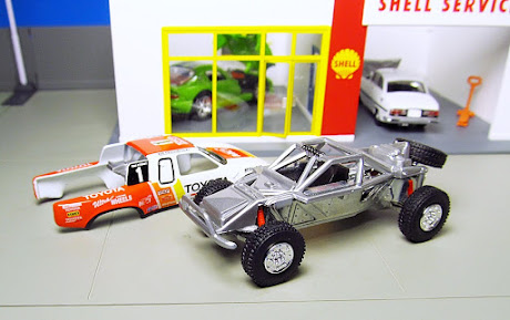 Hot Wheels Toyota Baja