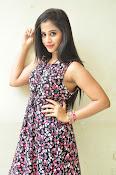Swathi Dixit Glamorous photo shoot stills-thumbnail-13