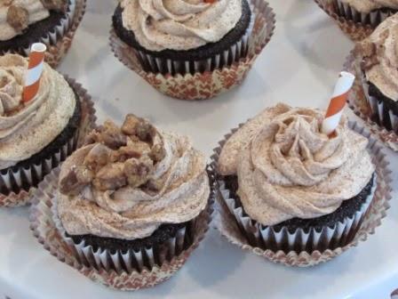 Sooo moist choc. cupcakes w/ mocha icing!~