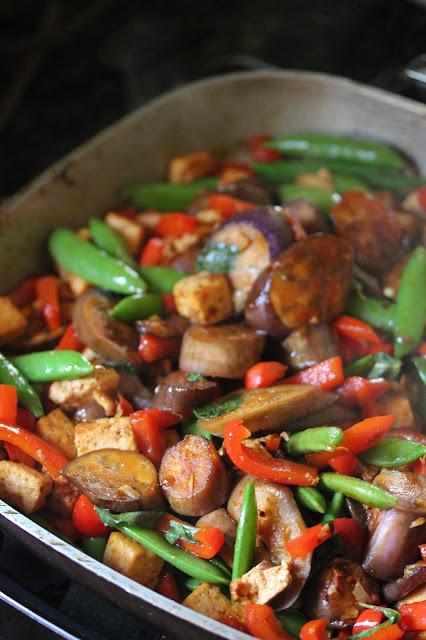 Kitchen Grrrls.: Vegan Tofu Veggie Stir-Fry